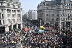 Climate Change protests across Londonepa07512211 Protesters from the Extinction Rebellion campaign group block Oxford Circus in central London, Britain, 17 April 2019. The Extinction Rebellion are holding a number of protests across London to draw attention to climate change. EPA/NEIL HALL