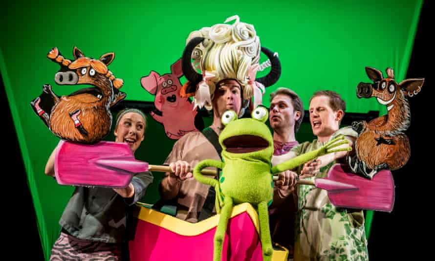 Lucy Tuck, Simon Yadoo, Darren Seed and John Winchester in Oi Frog and Friends!