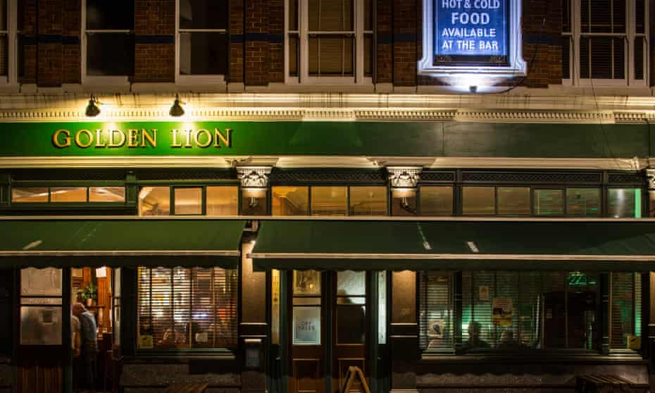 The Golden Lion pub in Camden. London Photograph by David Levene 15/9/15 For Long Read