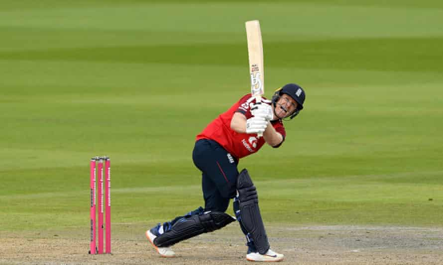 Eoin Morgan batting, England v Pakistan T20