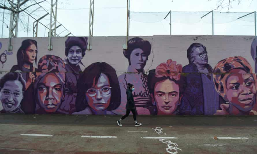 The mural in Madrid featuring images of Frida Kahlo, Nina Simone and Rosa Parks.