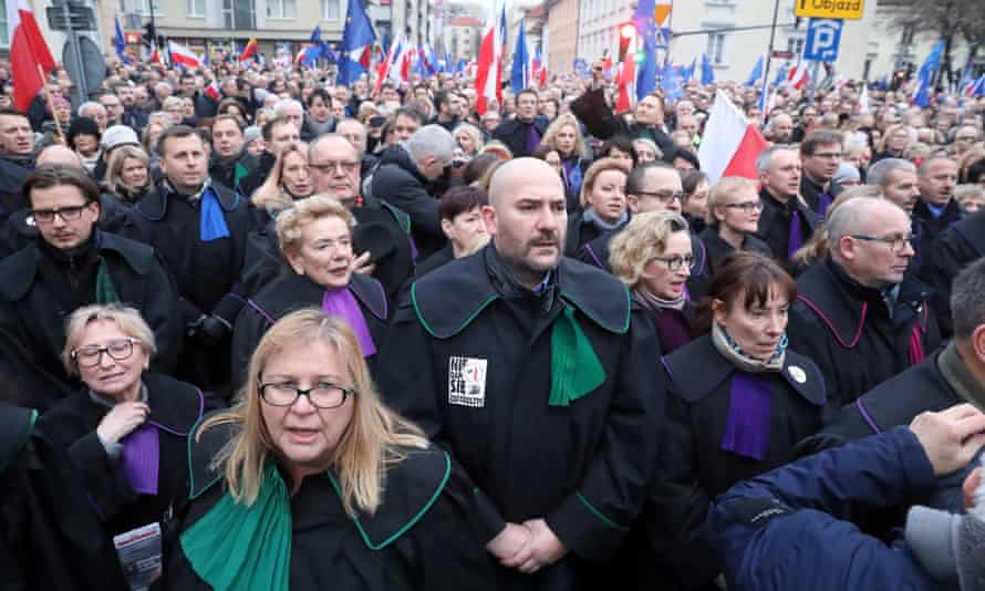 Judges and lawyers from across Europe demonstrate in Warsaw over amendments to Poland's judicial laws.