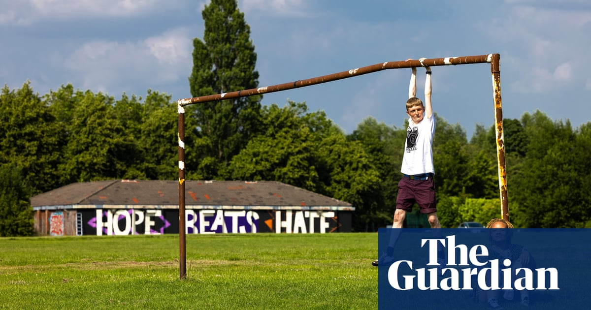 'Pictures left me feeling overwhelmed': Rashford speaks of support as new mural unveiled
