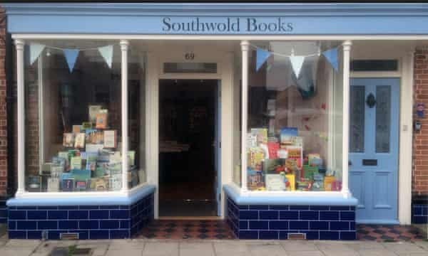 Southwold Books's quaint exterior.