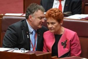 Rod Culleton and Pauline Hanson in the Senate chamber
