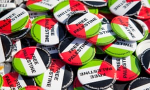 'Free Palestine' badges distributed by the Palestine Solidarity Campaign