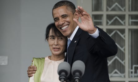 Barack Obama and Aung San Suu Kyi meet during a brief joint press conference at her residence in Yangon, November 2012