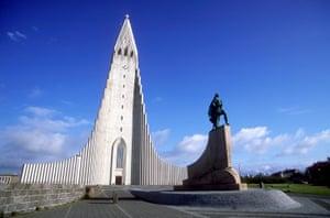 The Hallgrímskirkja and statue of Leif Ericsson in Reykjavik.