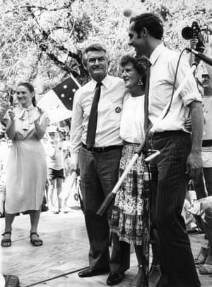 Bob and Hazel Hawke with Karen Alexander and Bob Hawke at the Franklin River protest in Melbourne