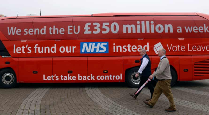 The Vote Leave campaign bus, featuring a widely disputed claim about UK contributions to the EU.
