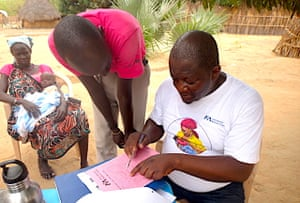 We set up nutrition activities near the mobile medical units so people can access primary health care and nutrition services in one complete package. Here, Ponyo works with one of our nutrition promoters on the metrics used—like mid upper arm circumference—to understand if a child is healthy or suffering from acute malnutrition.