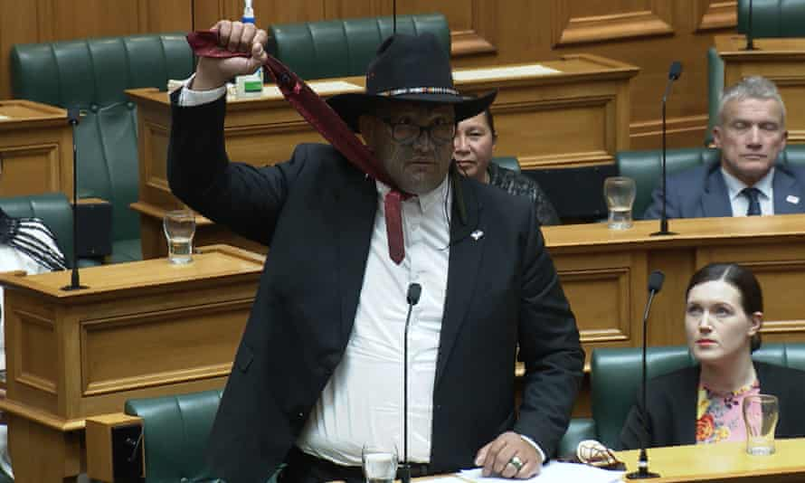 Co-leader of New Zealand's Māori party Rawiri Waititi simulating a noose during his maiden speech in Wellington.