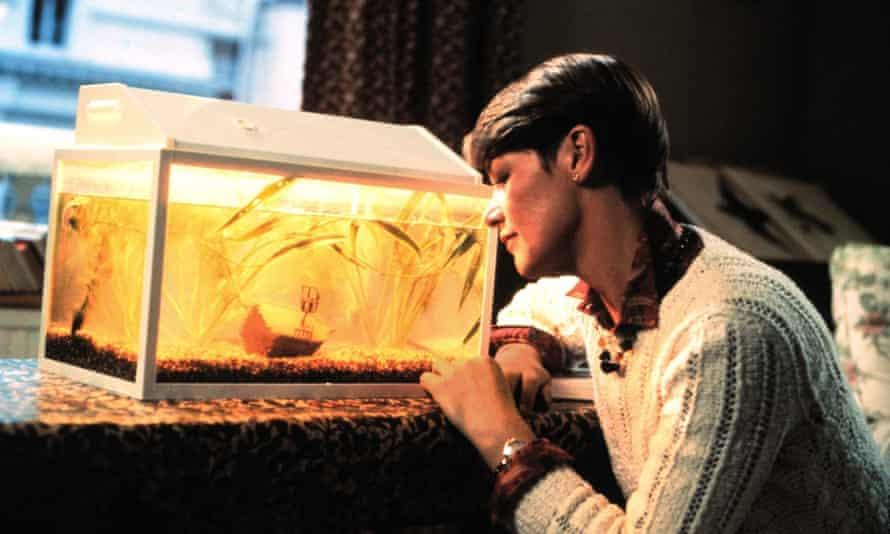 Glenda Jackson in the 1985 film version of Turtle Diary.