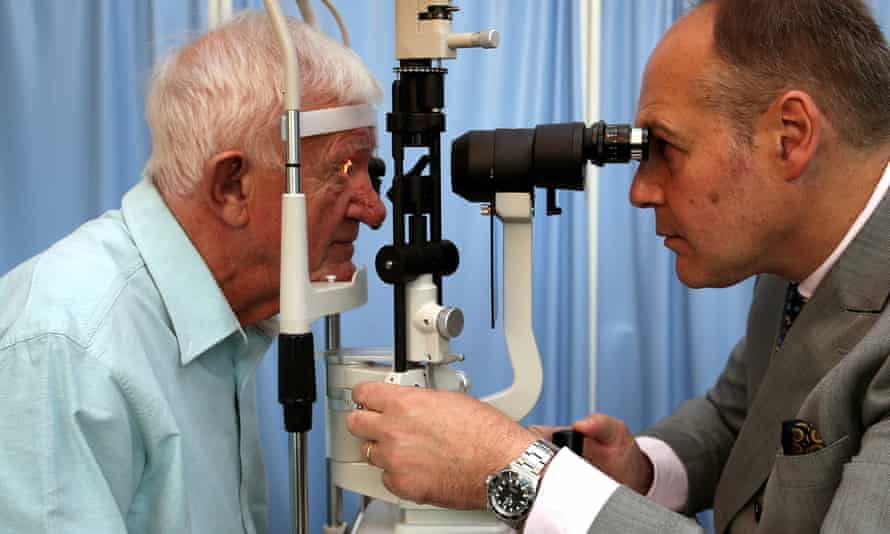 Previous attempts to create a 'bionic eye' focused on implanting into the eye itself, rather than the brain.