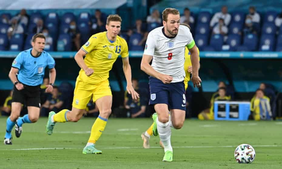 Harry Kane runs on to Raheem Sterling's through ball to score England's opening goal after just four minutes.