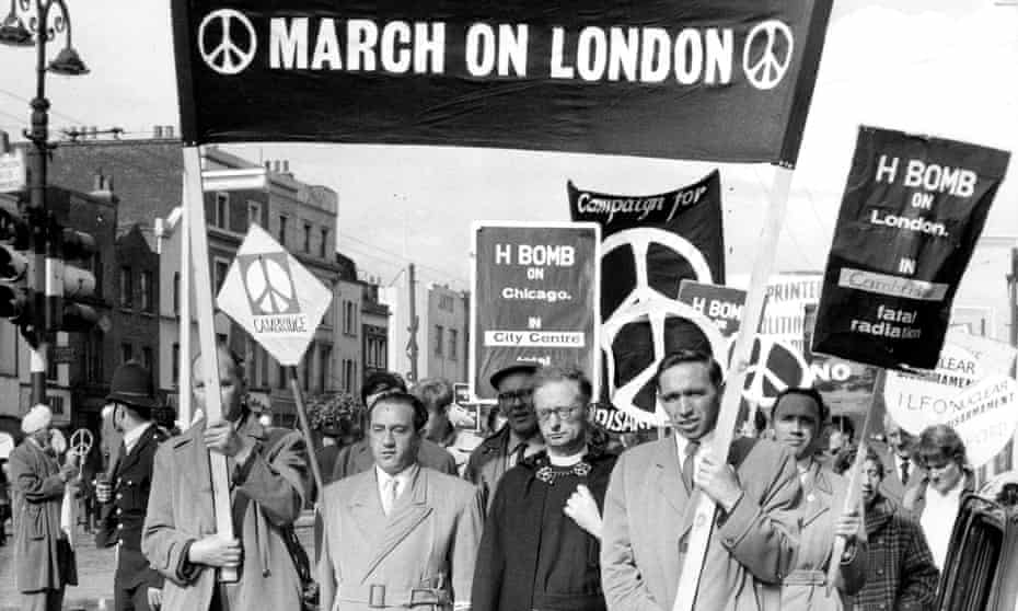 Demonstators call for a ban on nuclear weapons in 1958.
