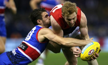 Sportwatch: Tigers crush Giants, Cowboys stun Roosters, Doggies down Demons - as it happened