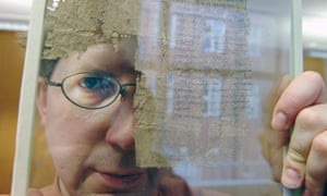 Dr Dirk Obbink working on papyrus at the Sackler Institute.