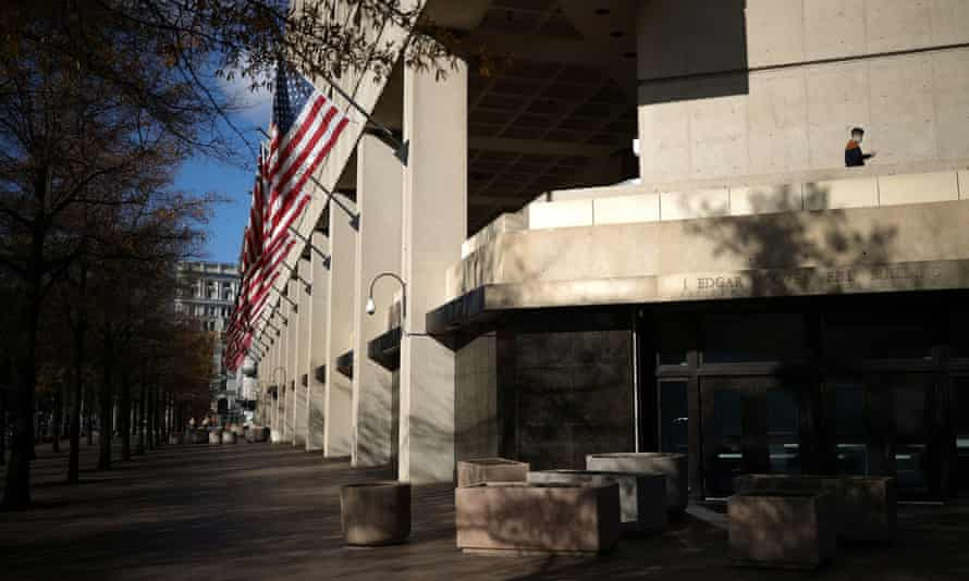The brutalist J Edgar Hoover FBI building in Washington. The order stopped short of demanding that all new federal projects be in the classical style.