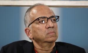 卡洛斯科德罗在加入苏尼尔古拉蒂之前曾担任美国足球副总裁。