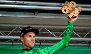 Lars Boom has put himself in pole position to reclaim the Tour of Britain title he won in 2011 after winning Thursday's individual time trial.