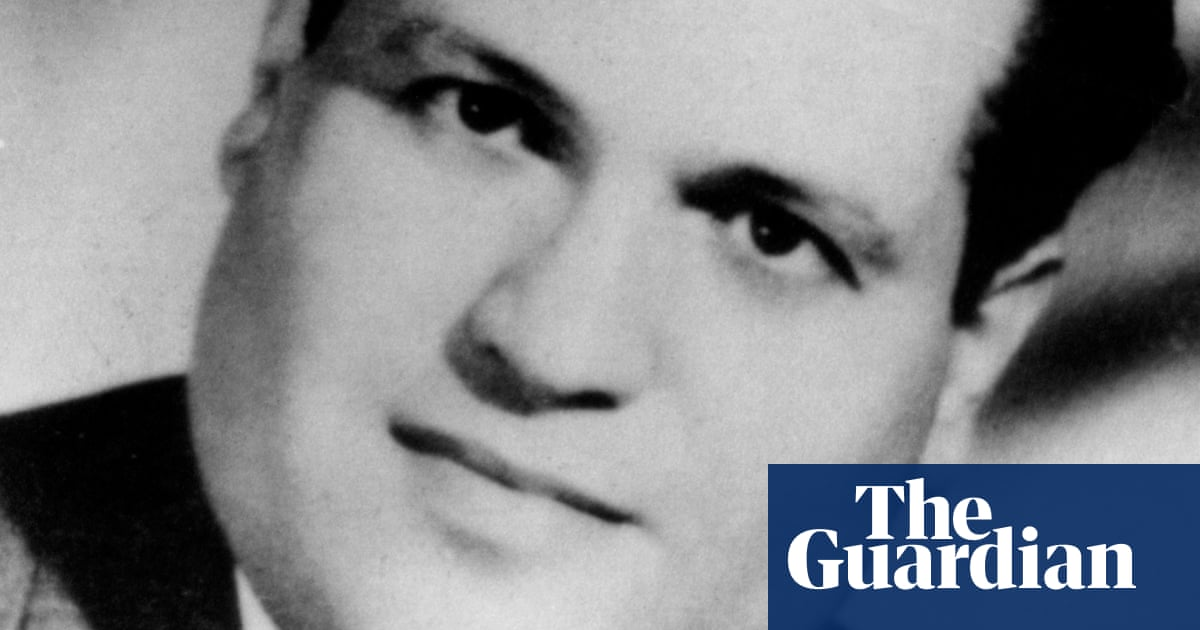 French soldiers killed Algerian lawyer in war of independence, Macron admits