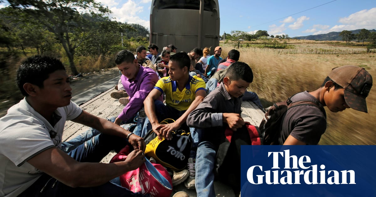 7f60e2c168b 'No way to live here': new Honduran caravan sets off north as Trump blasts  warnings
