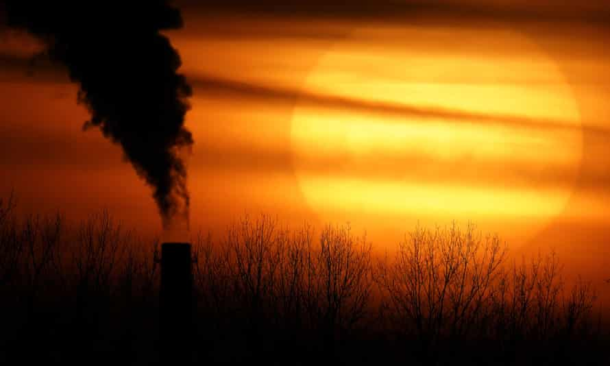 A coal-fired power plant sends off a plume of smoke in Independence, Missouri.