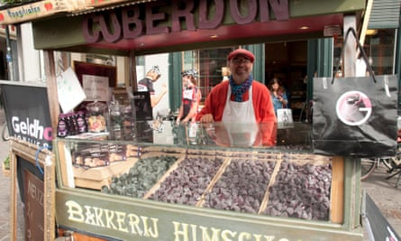 A cuberdon seller in Ghent