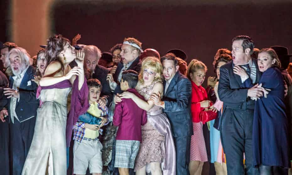 Sally Matthews and Iestyn Davies, centre, in The Exterminating Angel.