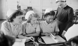 Student nurses in an anatomy class at Hammersmith General Hospital, London, 1947