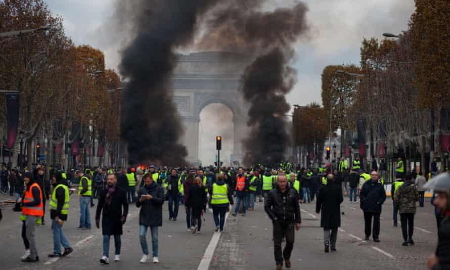Protests in the Champs Élysées in Paris