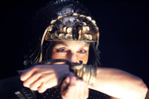 Antony and Cleopatra, 2006. Directed by Gregory Doran, designed by Stephen Brimson-Lewis. The photograph shows Cleopatra (Harriet Walter).