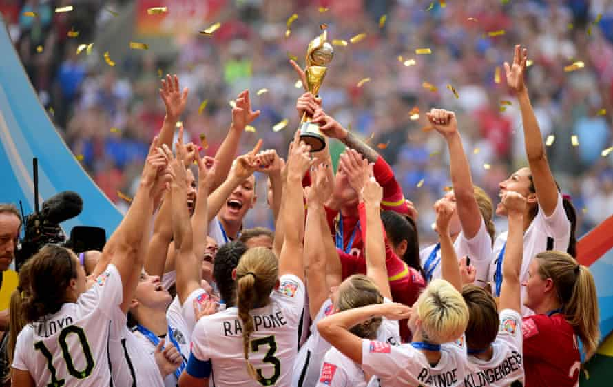 USA celebrate after winning the 2015 World Cup. They are widely regarded as favourites for this tournament.
