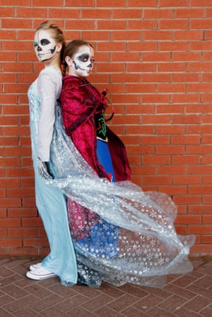 Young teenagers Lola Wilson and Scarlett Miller put a gothic spin on the characters of Elsa and Anna from Frozen