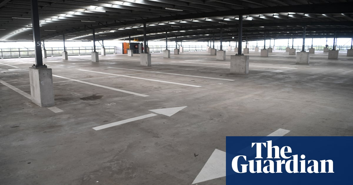 'Ludicrous': Coalition paid $115,000 a space for car park in Melbourne