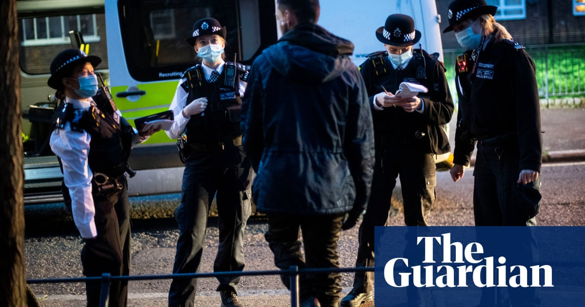 Policing minister defends changes to stop and search in crime plan