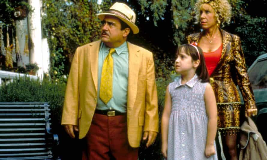 Mara Wilson with Danny DeVito and Rhea Perlman in Matilda