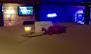 Prince's regular table at Dakota jazz Club, in Minneapolis, was adorned with roses to commemorate his death.