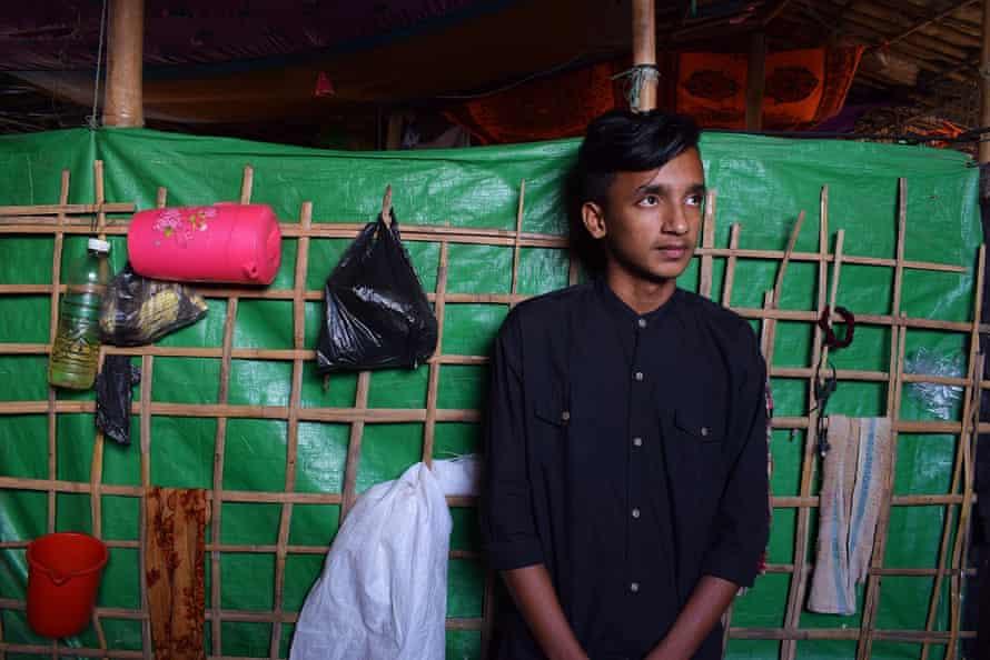 Photographer Azimul Hassan, in Cox's Bazar
