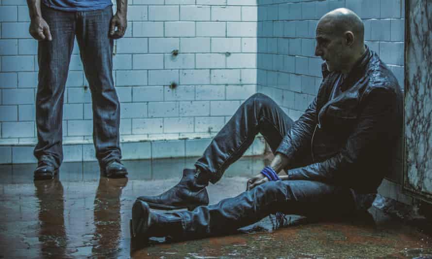 Max Easton (Mark Strong) in Deep State