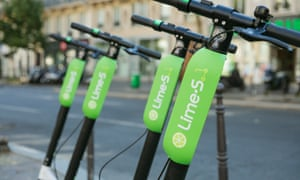 Auckland threatens to eject Lime scooters after wheels lock