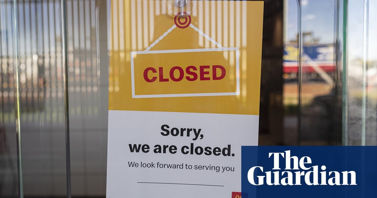 Hundreds of McDonald's employees placed on unpaid leave after Covid-19 contact – The Guardian