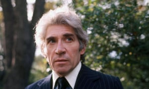 Frank Finlay in ITV's Bouquet of Barbed Wire, 1976.