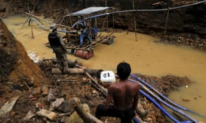 A member of the Yanomami community sees Brazil as the Environment Agency that closes an illegal gold mine