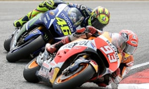 Valentino Rossi pursues Marc Márquez at the Malaysian Grand Prix.