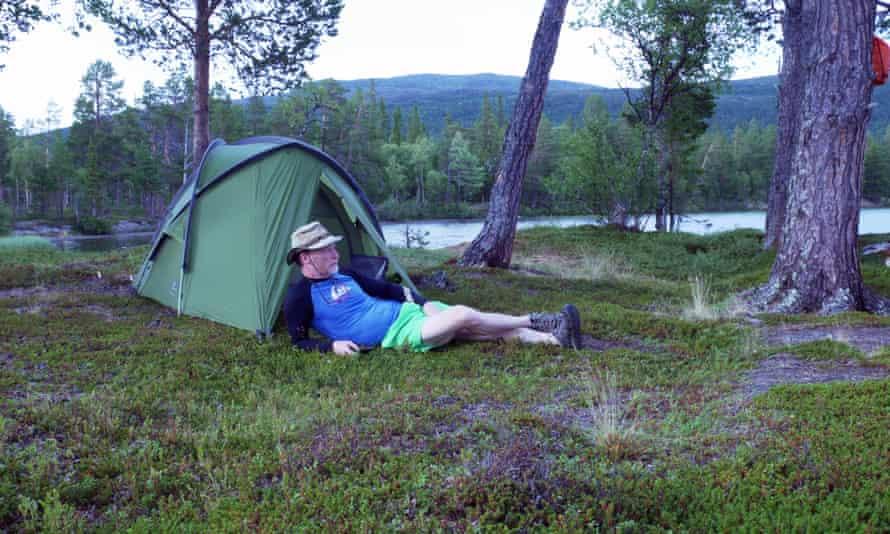 The writer wild camping on Nulltjärn, Sweden
