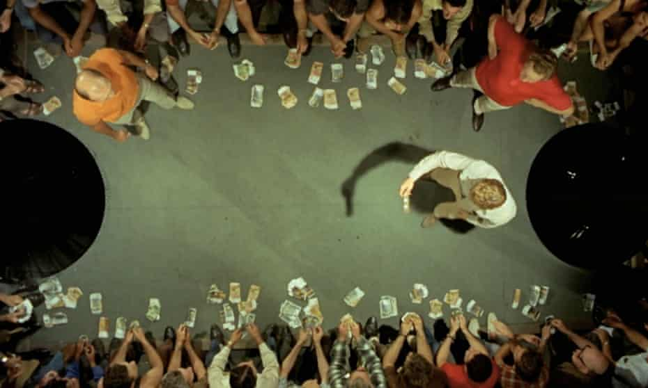 two-up scene from Wake in Fright