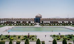 Built during the reign of Shah Abbas I, the Sheikh Lotfollah Mosque in Isfahan was completed in 1619.