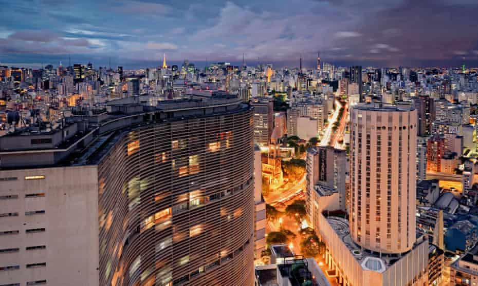 Edifício Copan, São Paulo's most iconic building.